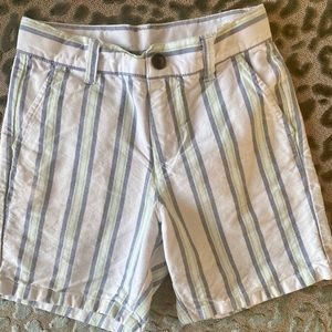 Striped shorts for the preppy boy!